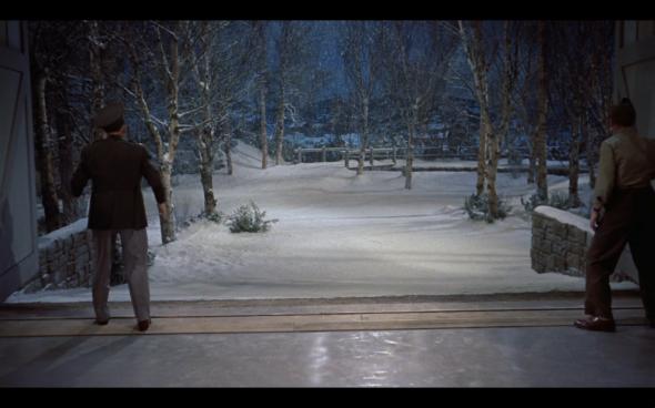 White Christmas - 82
