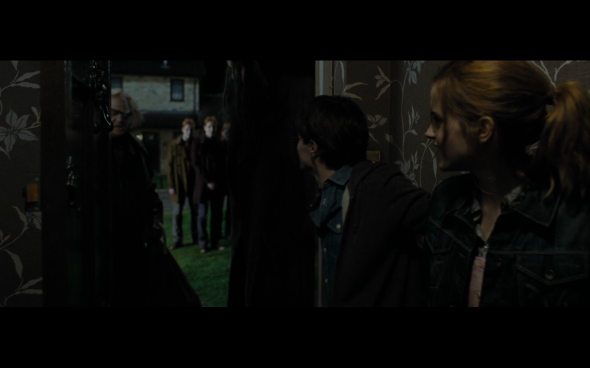 Harry Potter and the Deathly Hallows Part 1 - 103