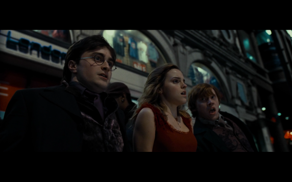 Harry Potter and the Deathly Hallows Part 1 - 404