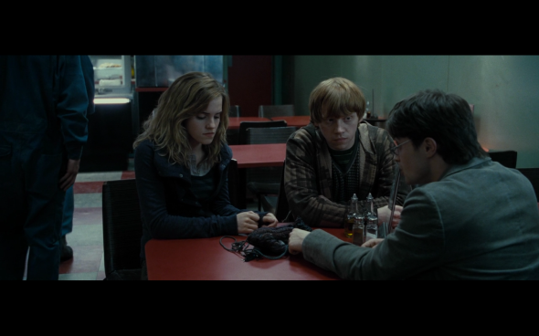 Harry Potter and the Deathly Hallows Part 1 - 417a
