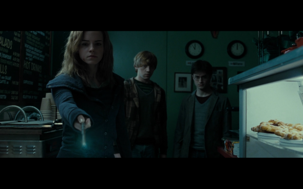 Harry Potter and the Deathly Hallows Part 1 - 441
