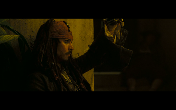 Pirates of the Caribbean Dead Man's Chest - 1012