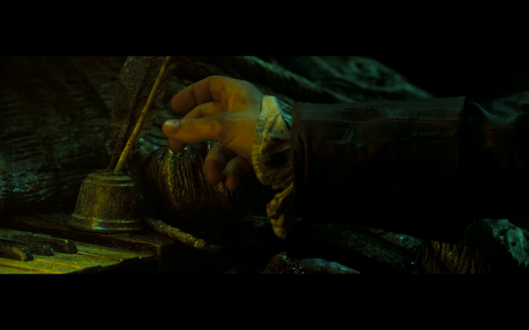 Pirates of the Caribbean Dead Man's Chest - 1307
