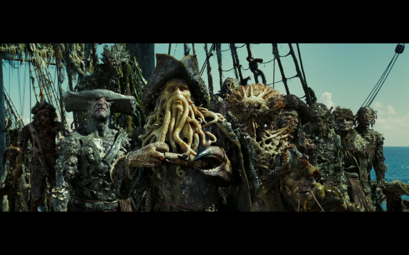 Pirates of the Caribbean Dead Man's Chest - 2335
