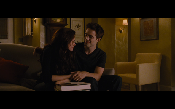 The Twilight Saga Breaking Dawn Part 2 - 1048