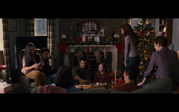 The Twilight Saga Breaking Dawn Part 2 - 1126