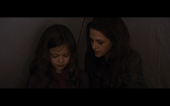 The Twilight Saga Breaking Dawn Part 2 - 1159