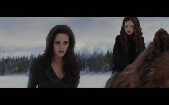 The Twilight Saga Breaking Dawn Part 2 - 1303