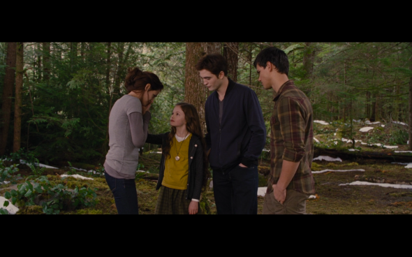 The Twilight Saga Breaking Dawn Part 2 - 1874