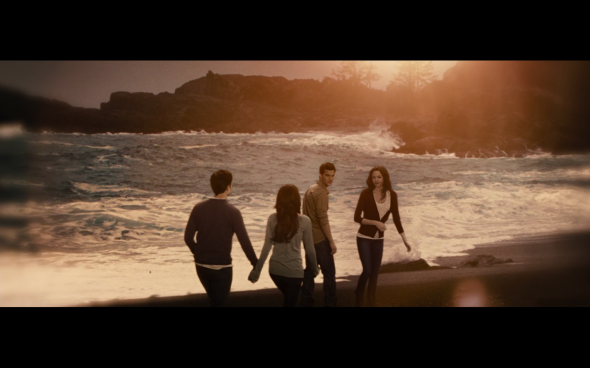 The Twilight Saga Breaking Dawn Part 2 - 1879