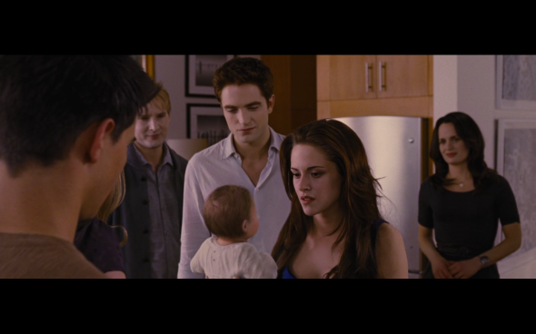 The Twilight Saga Breaking Dawn Part 2 - 252