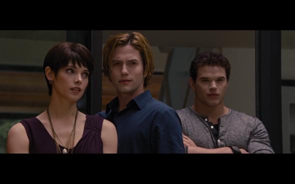 The Twilight Saga Breaking Dawn Part 2 - 323