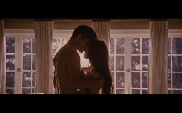 The Twilight Saga Breaking Dawn Part 2 - 439