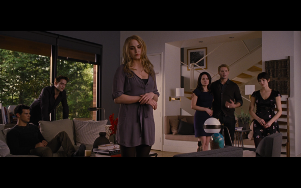 The Twilight Saga Breaking Dawn Part 2 - 559