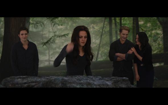 The Twilight Saga Breaking Dawn Part 2 - 644