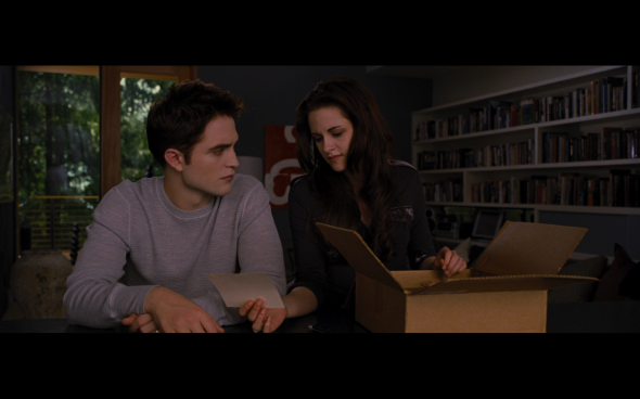 The Twilight Saga Breaking Dawn Part 2 - 664