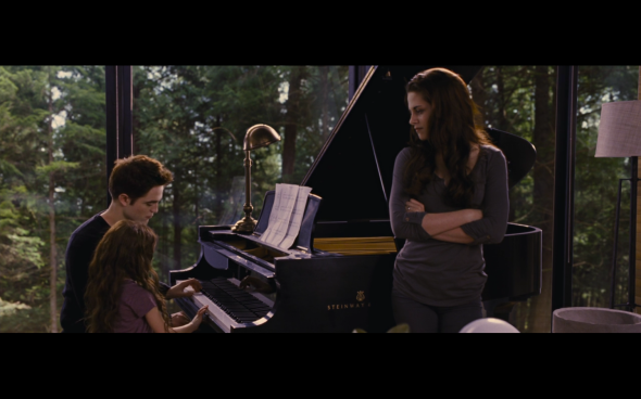 The Twilight Saga Breaking Dawn Part 2 - 703