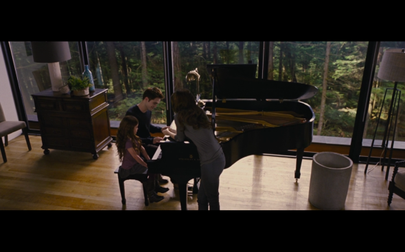 The Twilight Saga Breaking Dawn Part 2 - 706