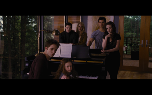 The Twilight Saga Breaking Dawn Part 2 - 748