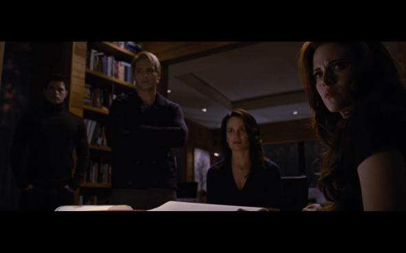 The Twilight Saga Breaking Dawn Part 2 - 799