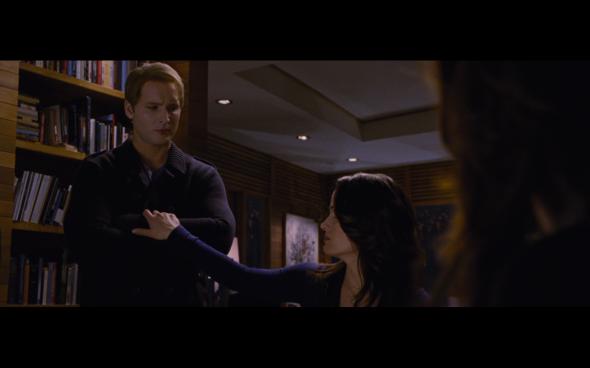 The Twilight Saga Breaking Dawn Part 2 - 801