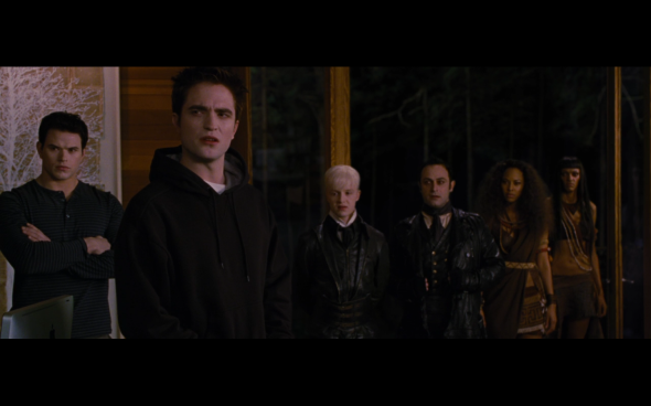 The Twilight Saga Breaking Dawn Part 2 - 947
