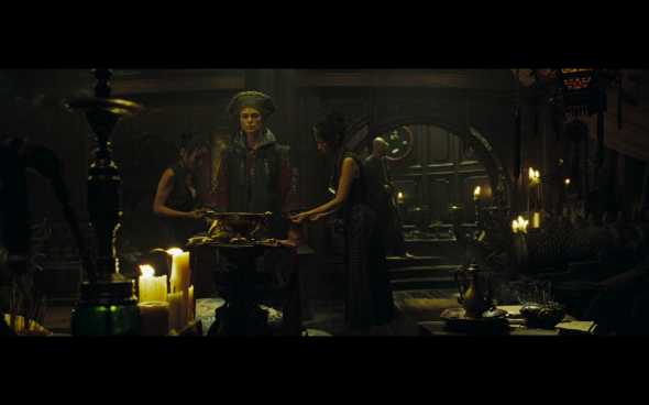 Pirates of the Caribbean At World's End - 1215