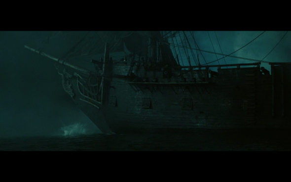 Pirates of the Caribbean At World's End - 1363