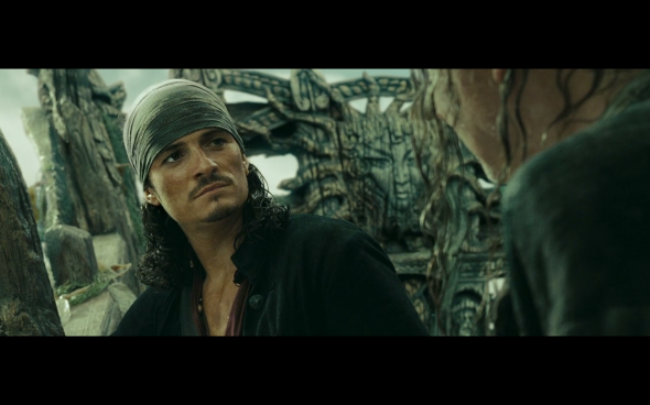 Pirates of the Caribbean At World's End - 2512