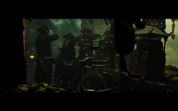 Pirates of the Caribbean At World's End - 335
