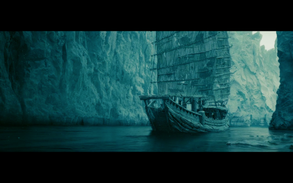 Pirates of the Caribbean At World's End - 424