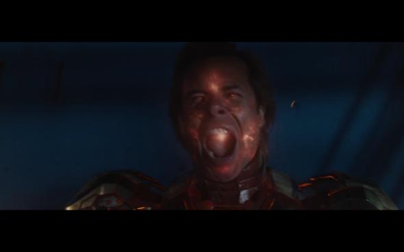 Iron Man 3 - 2210