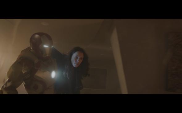 Iron Man 3 - 585
