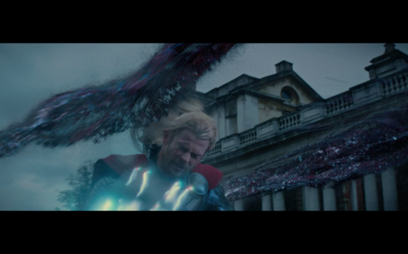 Thor The Dark World - 1600