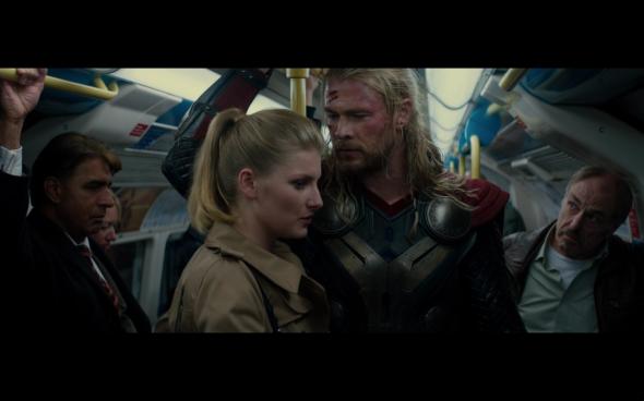 Thor The Dark World - 1800