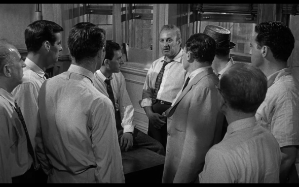12 Angry Men - 17