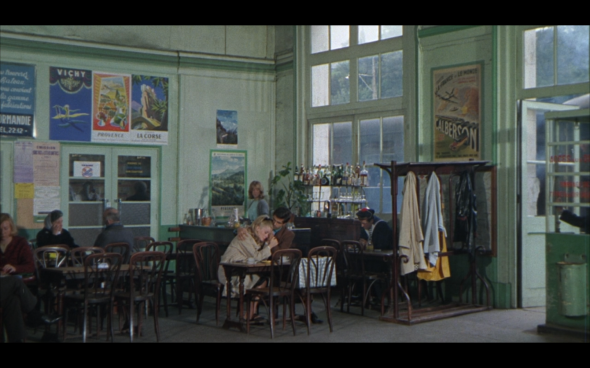 The Umbrellas of Cherbourg - 15